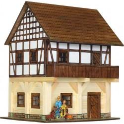 Children ' s HOUSE colombages bois construire 8 ans WALACHIA + bâtiments