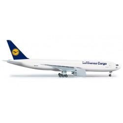 LUFTHANSA CARGO BOEING 777 FREIGHTER HERPA WINGS 524292 scala 1:500 model